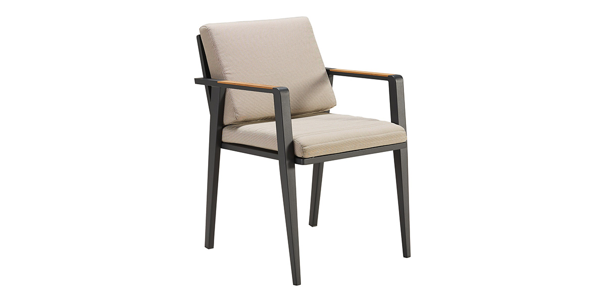 697712-emoti-dining-chair-001