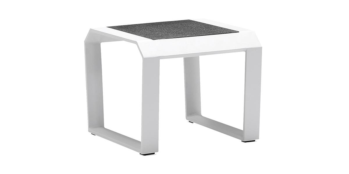 lecio-higold-205864-nomad-side-table-001